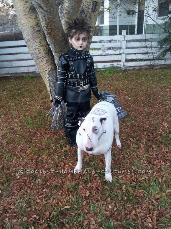 """Via <a href=""""http://ideas.coolest-homemade-costumes.com/2013/11/09/cool-last-minute-edward-scissorhands-boy-costume-and-frank"""