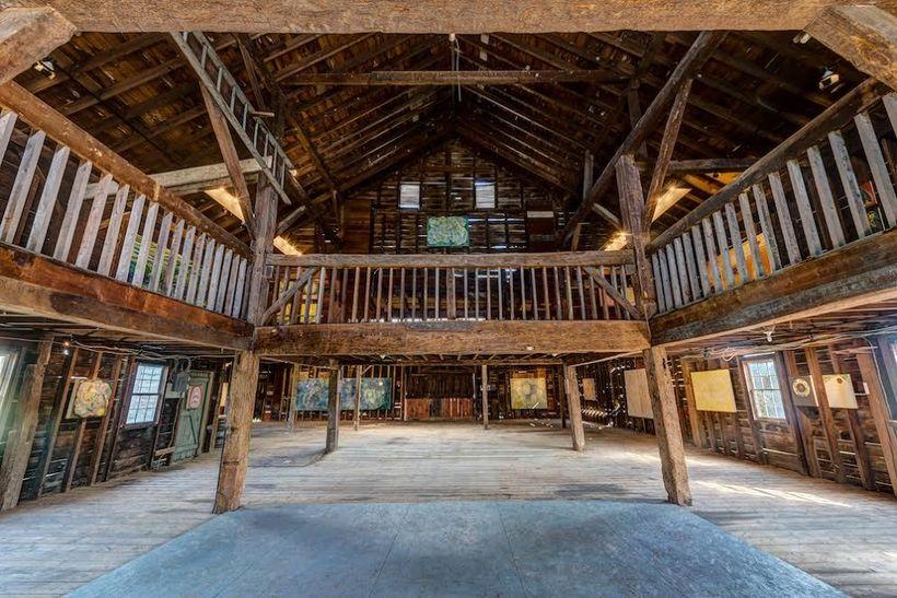 Meadowbrook Barn