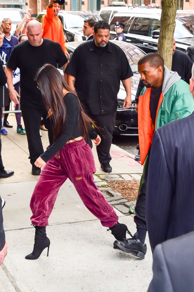 Kim Kardashian Arrives Back In New York After Paris Robbery, Amid Claims It Was An 'Inside