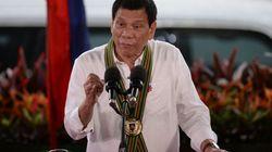 Philippine President Duterte Flips Off President Obama --