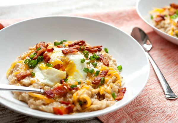 """<strong>Get the <a href=""""http://www.macheesmo.com/bacon-cheddar-savory-oatmeal/"""" target=""""_blank"""">Bacon, Cheddar and Egg Savor"""