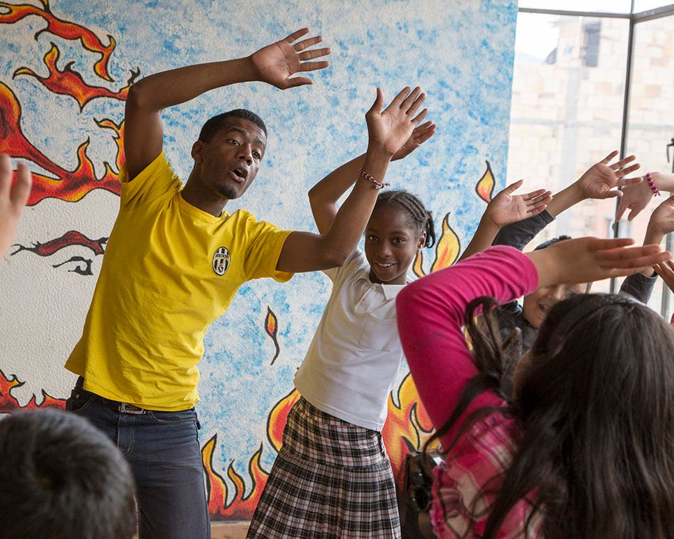 Afro-Colombian youth have often faced racist discrimination. Through Taller de Vida's workshops, they have a space to celebra