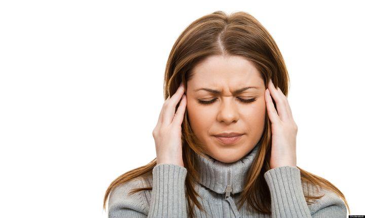 Cả rối loạn tiền đình và đau nửa đầu đều khiến bệnh nhân khó chịu, mệt mỏi
