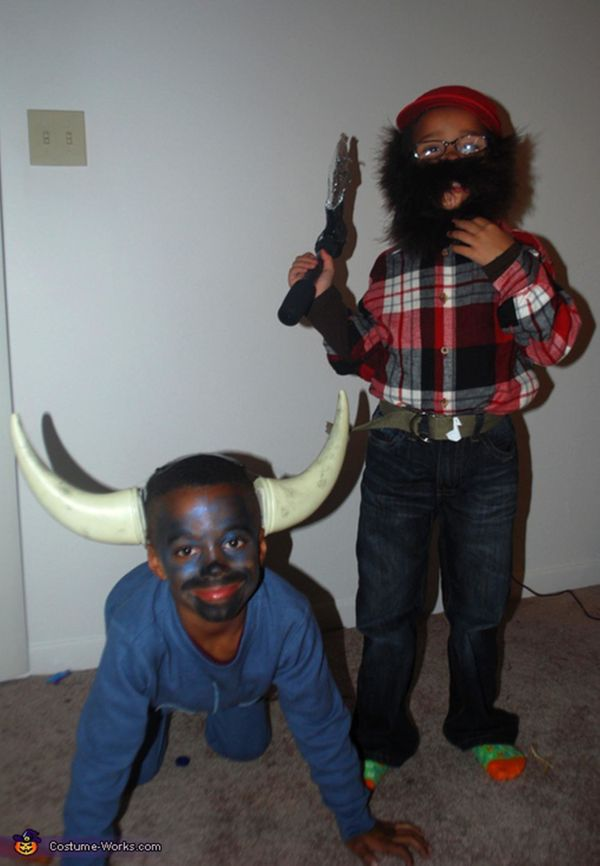 """Via <a href=""""http://www.costume-works.com/paul_bunyan_and_the_blue_ox.html"""" target=""""_blank"""">Costume Works</a>"""