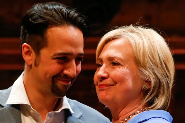 Hillary can't look Lin in the eyes, because he's just thatcute.