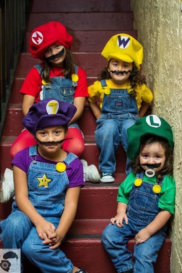 """Via <a href=""""http://www.costume-works.com/mario_bros_sisters.html"""" target=""""_blank"""">Costume Works</a>"""