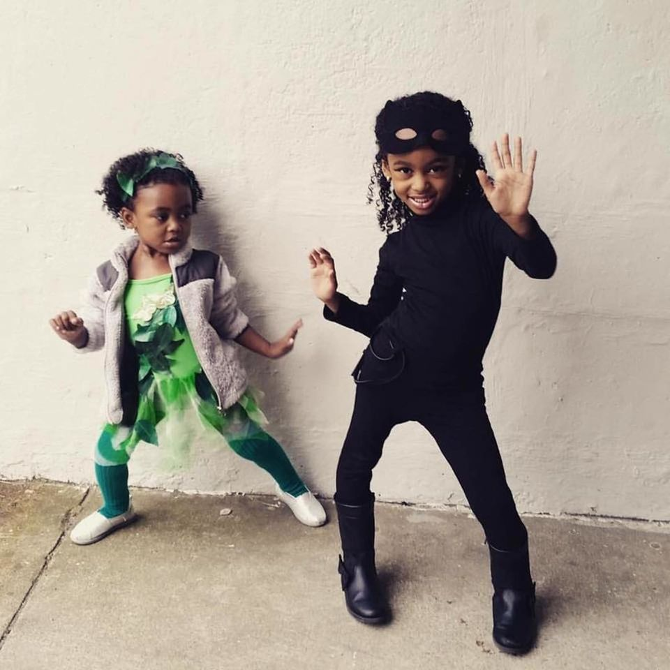 35 creative halloween costumes siblings can rock together | huffpost