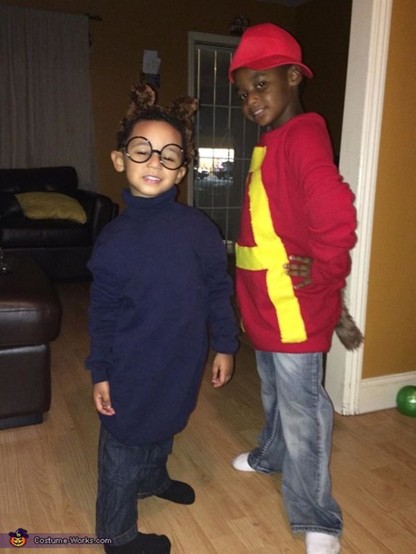 """Via <a href=""""http://www.costume-works.com/alvin-and-simon.html"""" target=""""_blank"""">Costume Works</a>"""