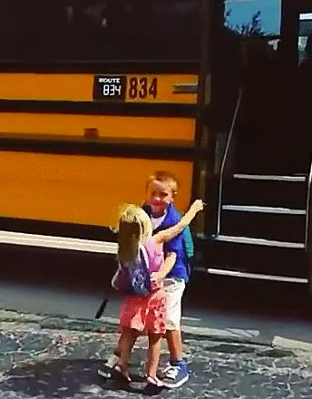 This Display Of Sibling Love Is What All Parents Want For Their