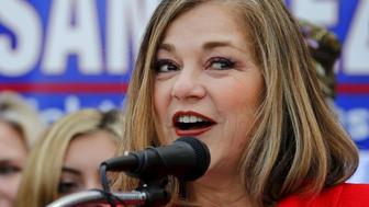 Rep. Loretta Sanchez (D-Garden Grove) announces she will run for the U.S. Senate seat of vacating California Senator Barbara Boxer during an event in Santa Ana, California, U.S. May 14, 2015.  REUTERS/Mike Blake/File Photo