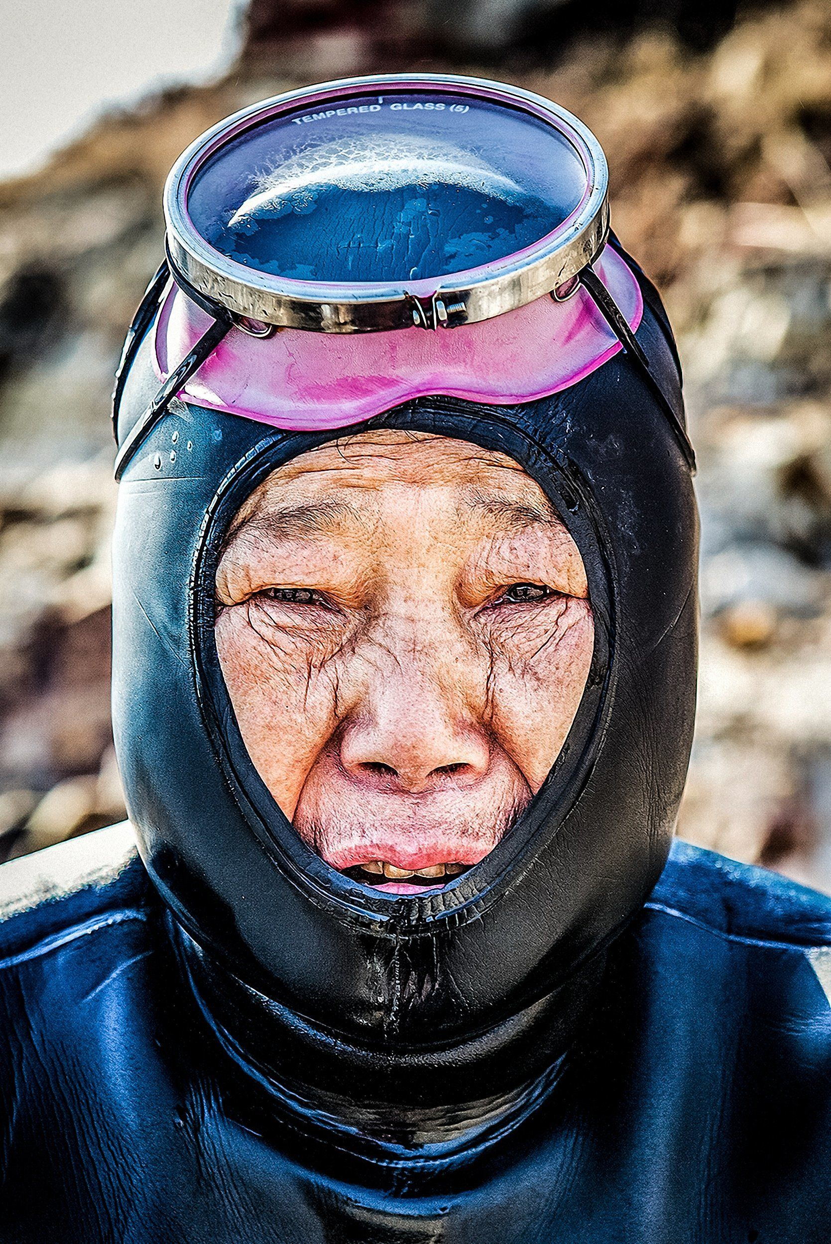 """These women divers are carrying on a Korean legacy and will be the last of their kind,"" photographer Mijoo Kim&nb"