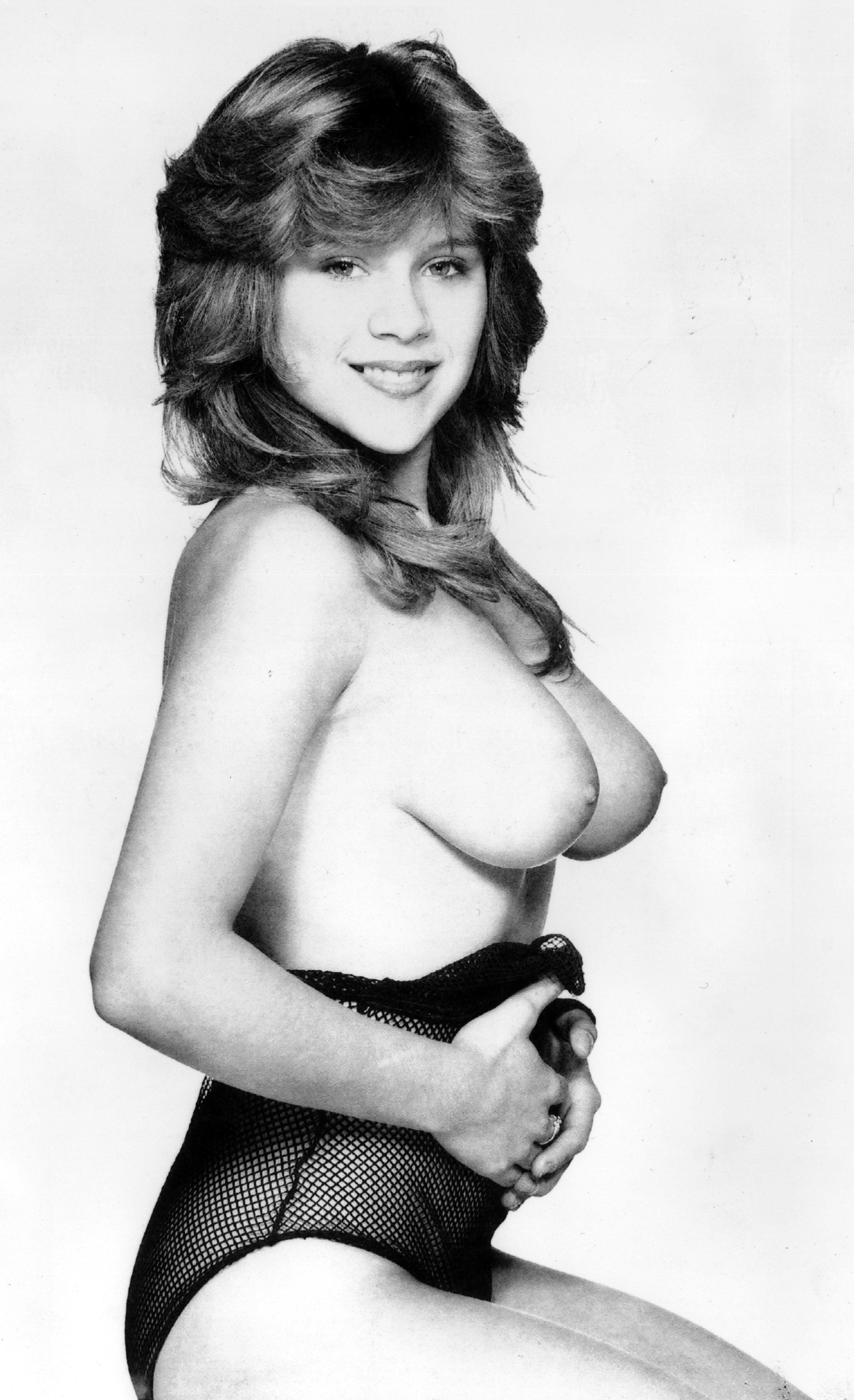 SUN NEWSPAPER PHOTO by BEVERLEY GOODWAY. FORMER PAGE 3 GIRL SAM FOX. FIRST Page three TOPLESS PICTURE USED 22.02.1983 Neg ID 83-696 Negative no longer in the Picture Library.