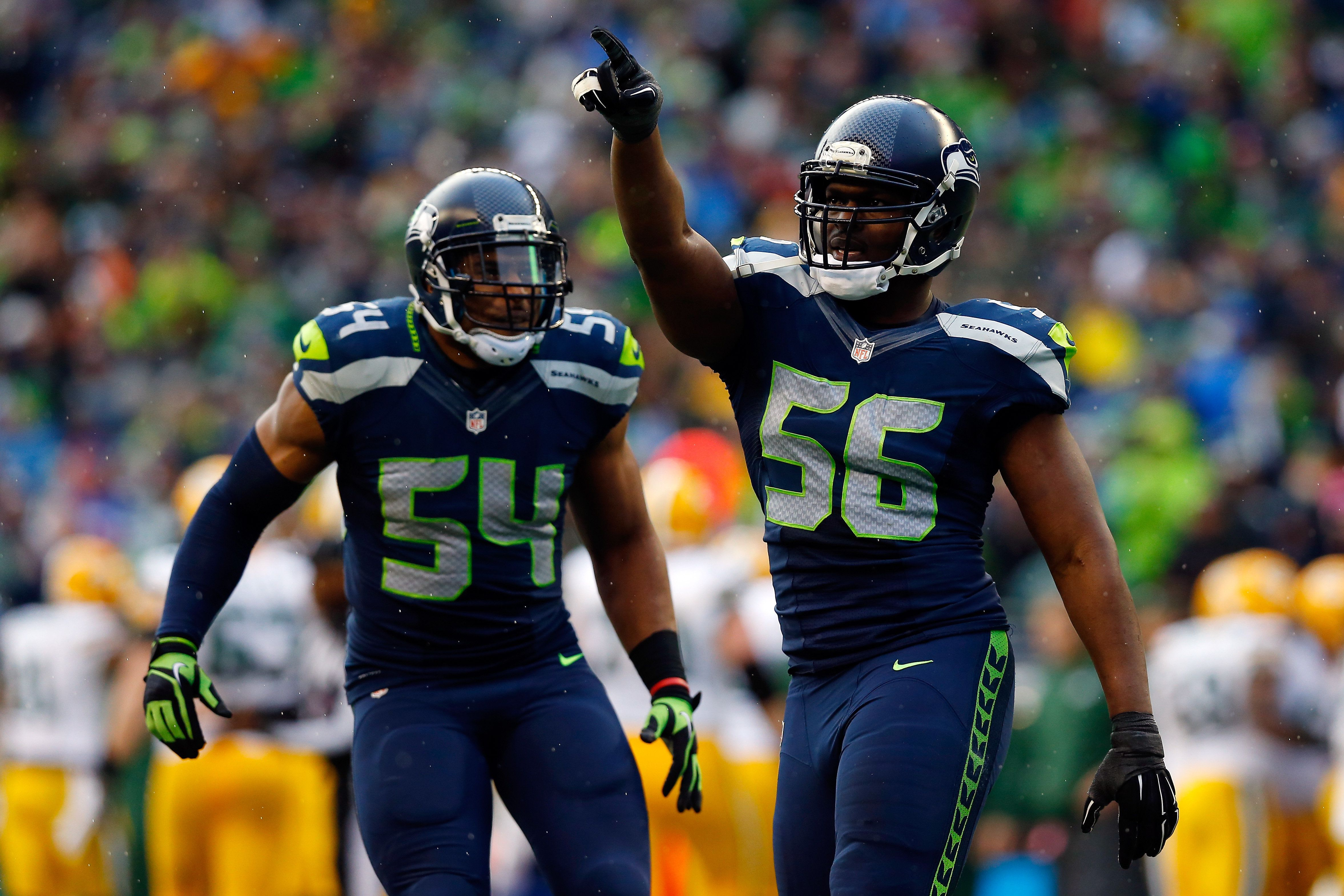 Cliff Avril Is Winning And f The Football Field
