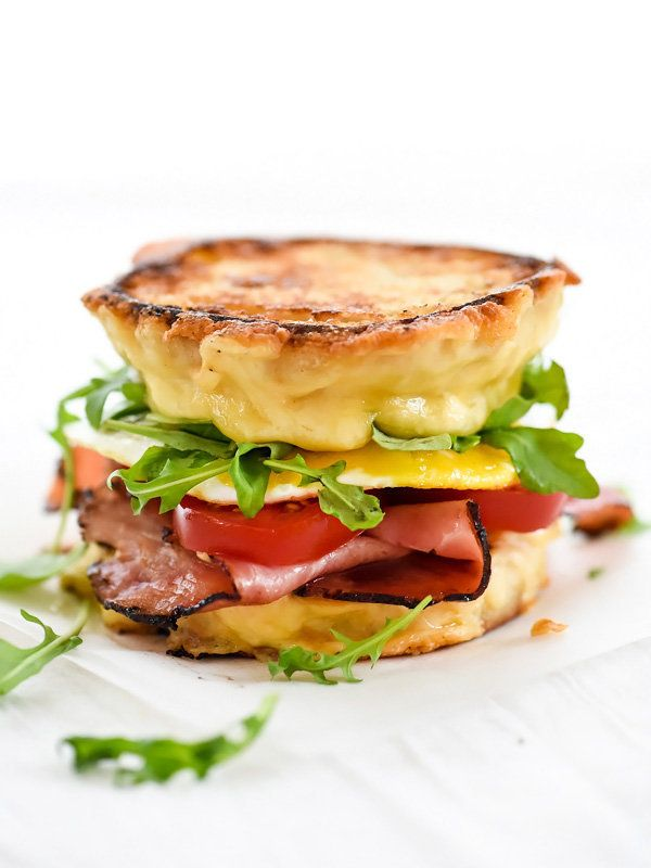 """<strong>Get the <a href=""""http://www.foodiecrush.com/ham-and-smoked-gouda-grilled-cheese-breakfast-sandwich/"""" target=""""_blank"""">"""