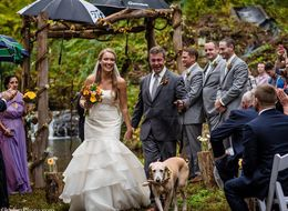 23 Real Wedding Pics From Couples Who Tied The Knot, Rain Or Shine