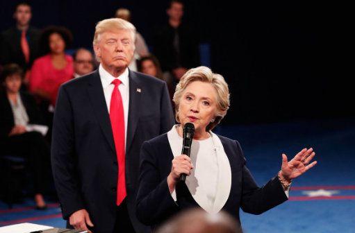 Trump stalks Hillary