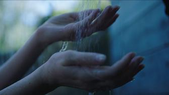 Learn how to turn your everyday showers into mindfulness moments with these easy tips