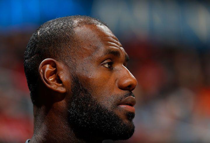 3c0d419e015e LeBron James Says Locker Room Talk Isn t What  That Guy  Thinks It ...