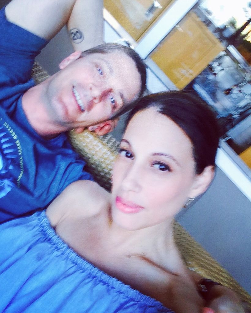 Rob Thomas (Pictured with wife, Marisol)