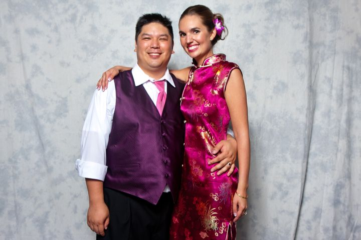 Near the end of the reception, I quickly changed into a Chinese cheongsam and we hit the photo booth!