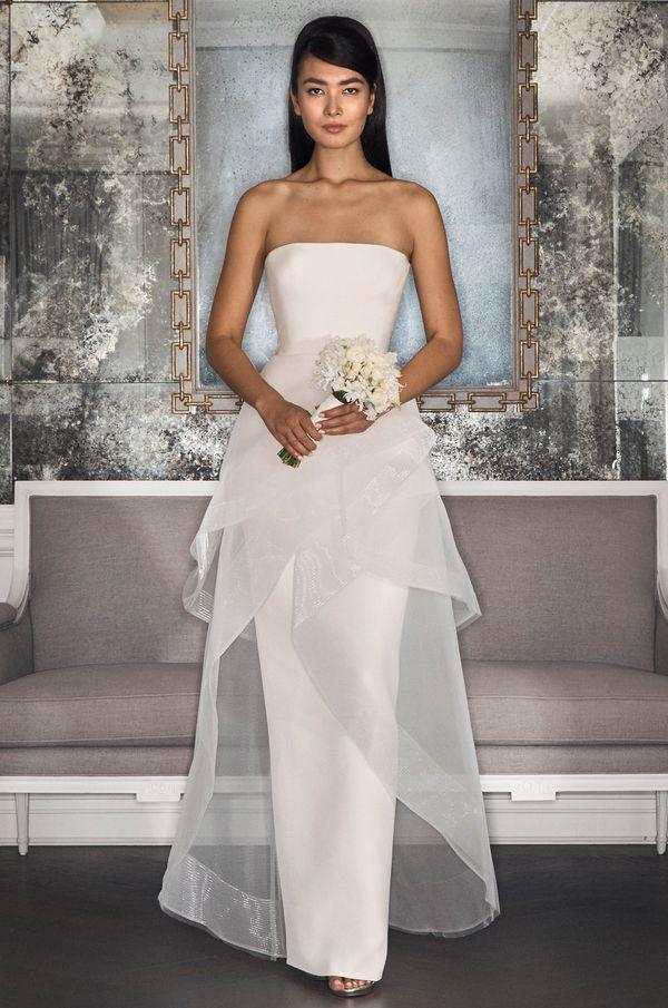 "<i><a href=""http://www.romonakeveza.com/#home-1-v3-1"" target=""_blank"">Romona Keveza Collection Bridal Fall 2017</a></i>"