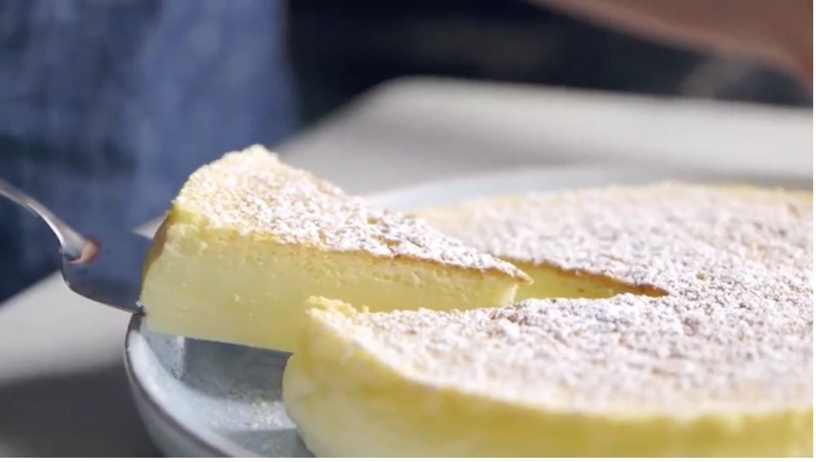 There's A Reason This Easy Cheesecake Recipe Is Going