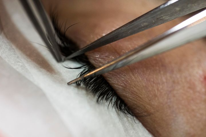 f1c55c85d70 I Got Eyelash Extensions And Here's The Honest Truth About Them ...