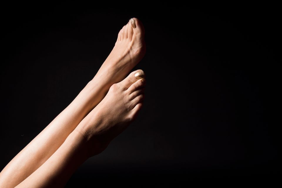 a61407753 These Honest Images Show How Women Really Feel About Their Feet ...