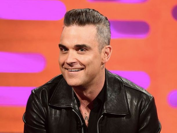 Robbie Williams comes clean about cosmetic