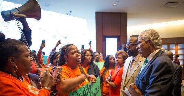 Memphis Lift parents confronting NAACP officials