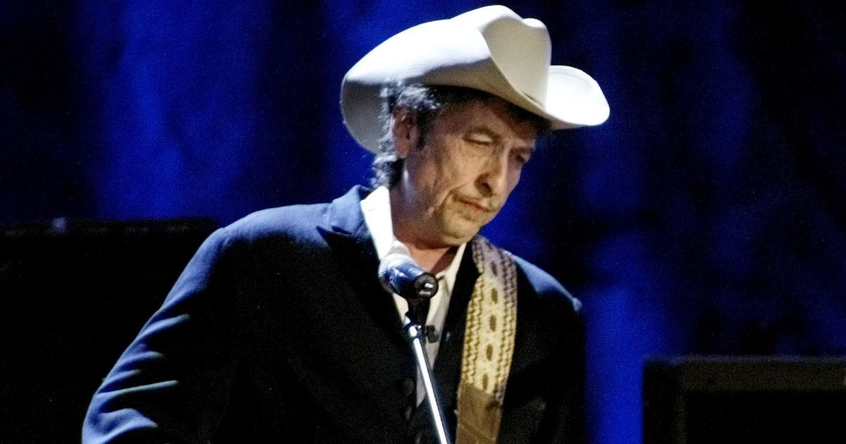 the influence of drugs on bob dylan and his music Music the influence of woody guthrie continues, a hundred years later bob dylan, ramblin' jack elliot, billy bragg, joan baez, tom morello.