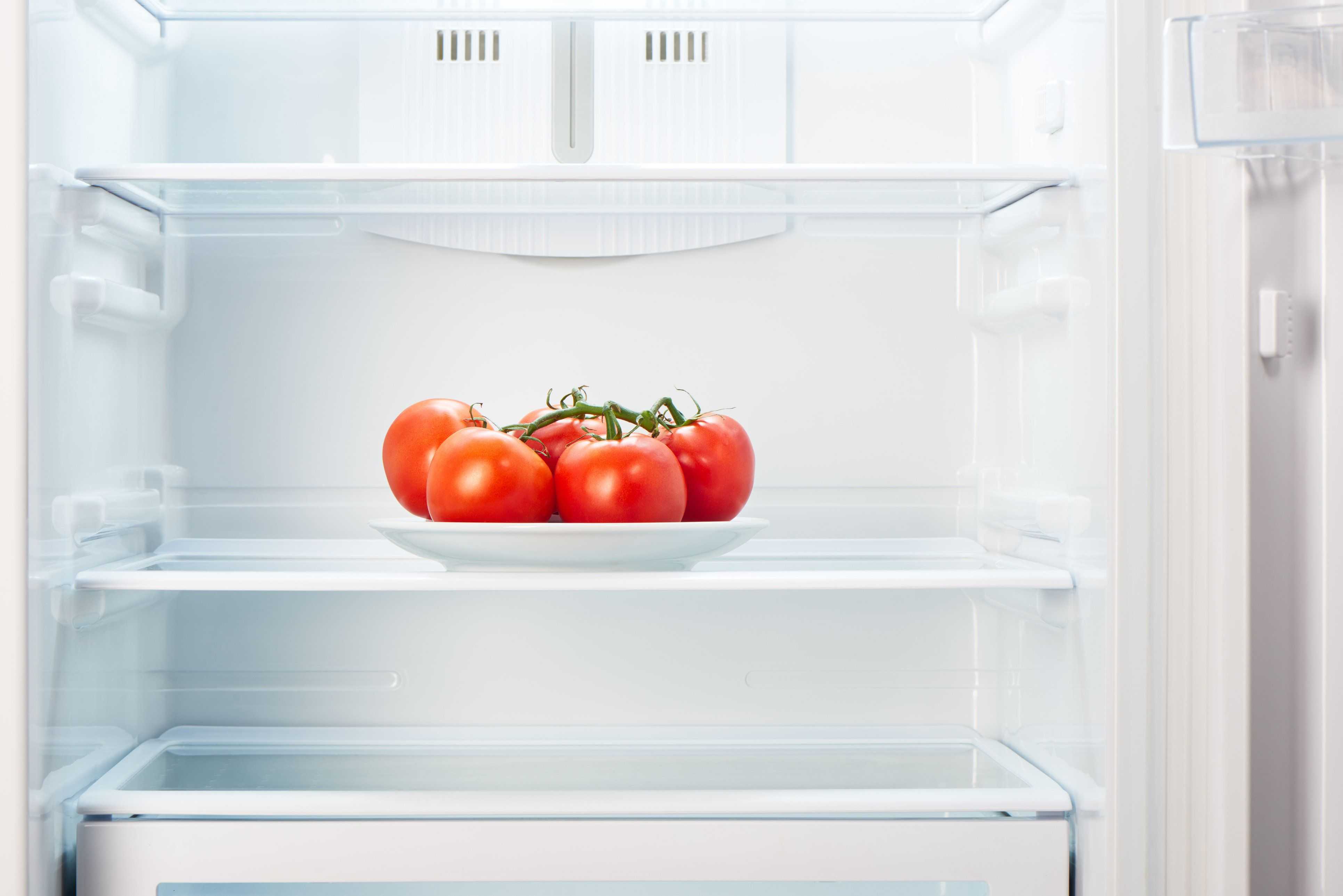 Putting Tomatoes In The Fridge Is Probably A Bad Idea, According To