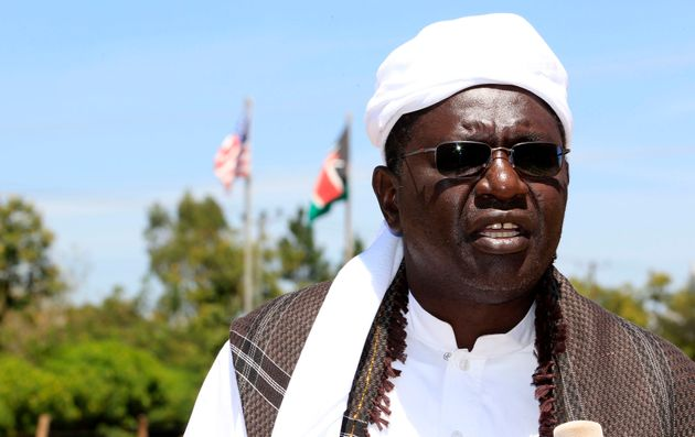 Malik Obama wants America to become great again by electing Donald Trump to succeed his half-brother,
