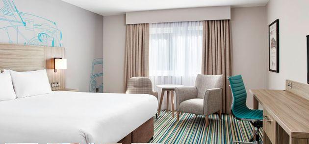 Rooms at the Jurys Inn boast ensuite bathrooms WiFi and flatscreen