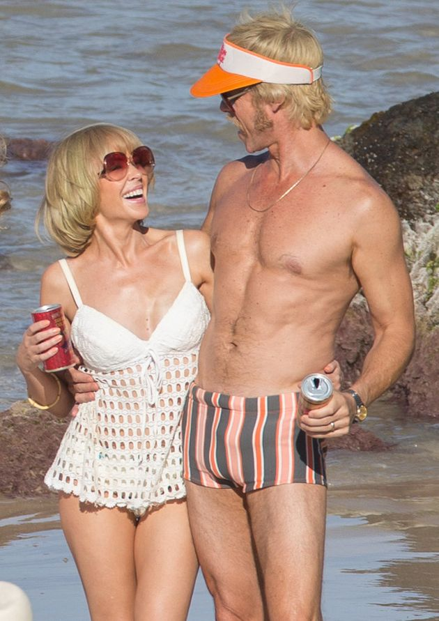 Kylie Minogue Is Reunited With Her 'Neighbours' Co-Star Guy Pearce (And Dannii Minogue's Ex-Husband)...