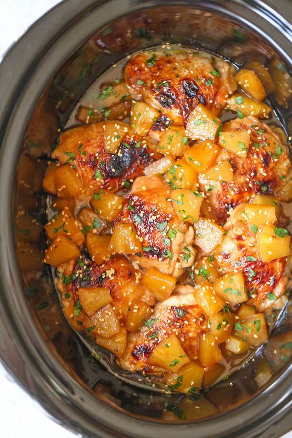 "<strong>Get the <a href=""http://damndelicious.net/2016/03/14/slow-cooker-pineapple-chicken/"" target=""_blank"">Slow Cooker Pine"