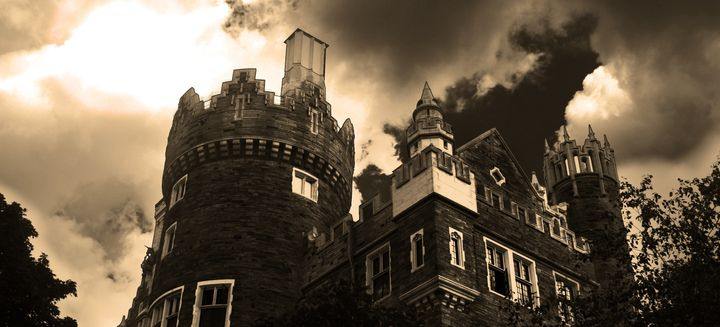 When Haunted Houses Turn The American Dream Into A Nightmare