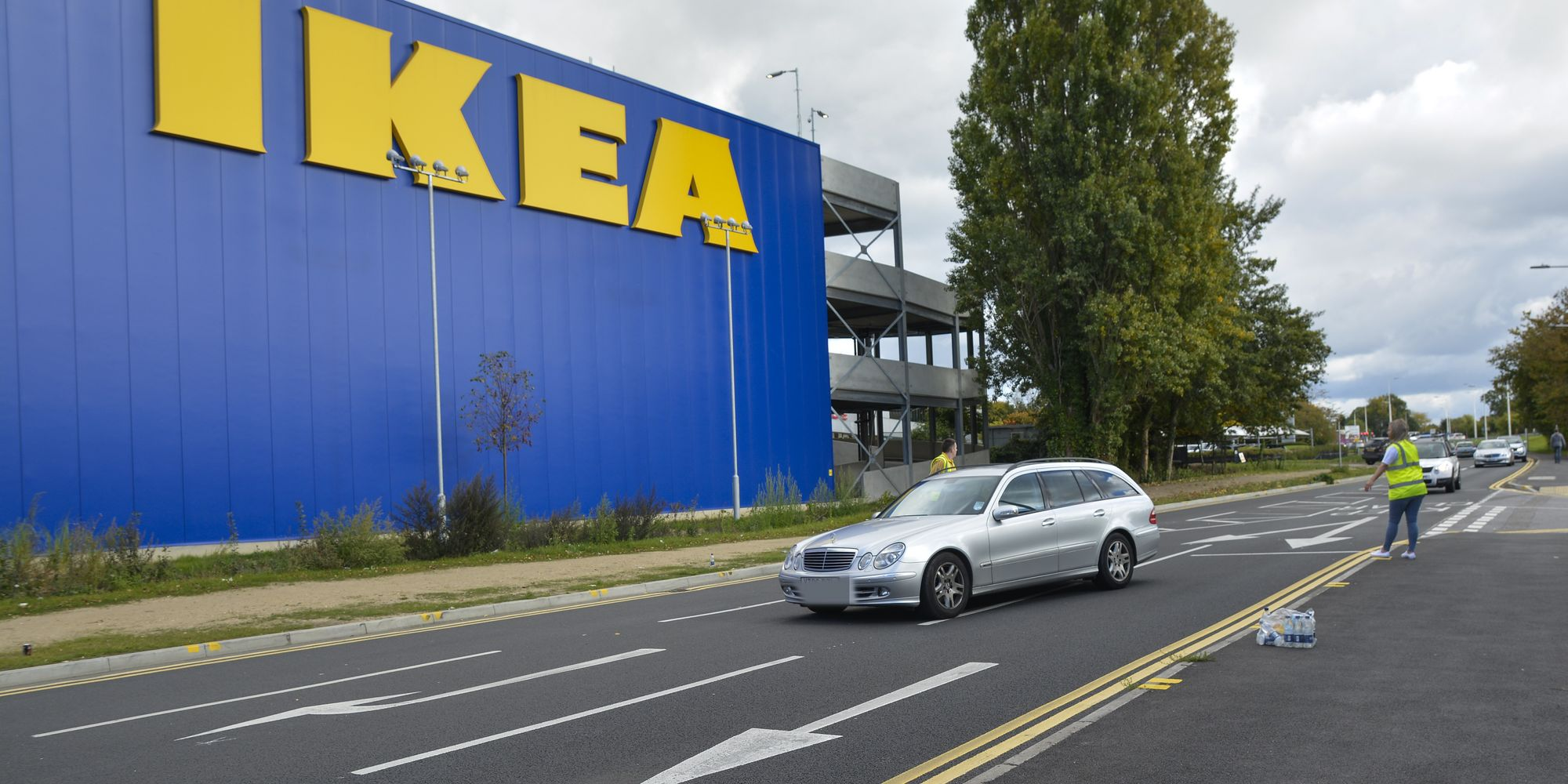 Ikea Reading Contractor Dies In 39 Workplace Accident 39 As Thames Valley Police Launch