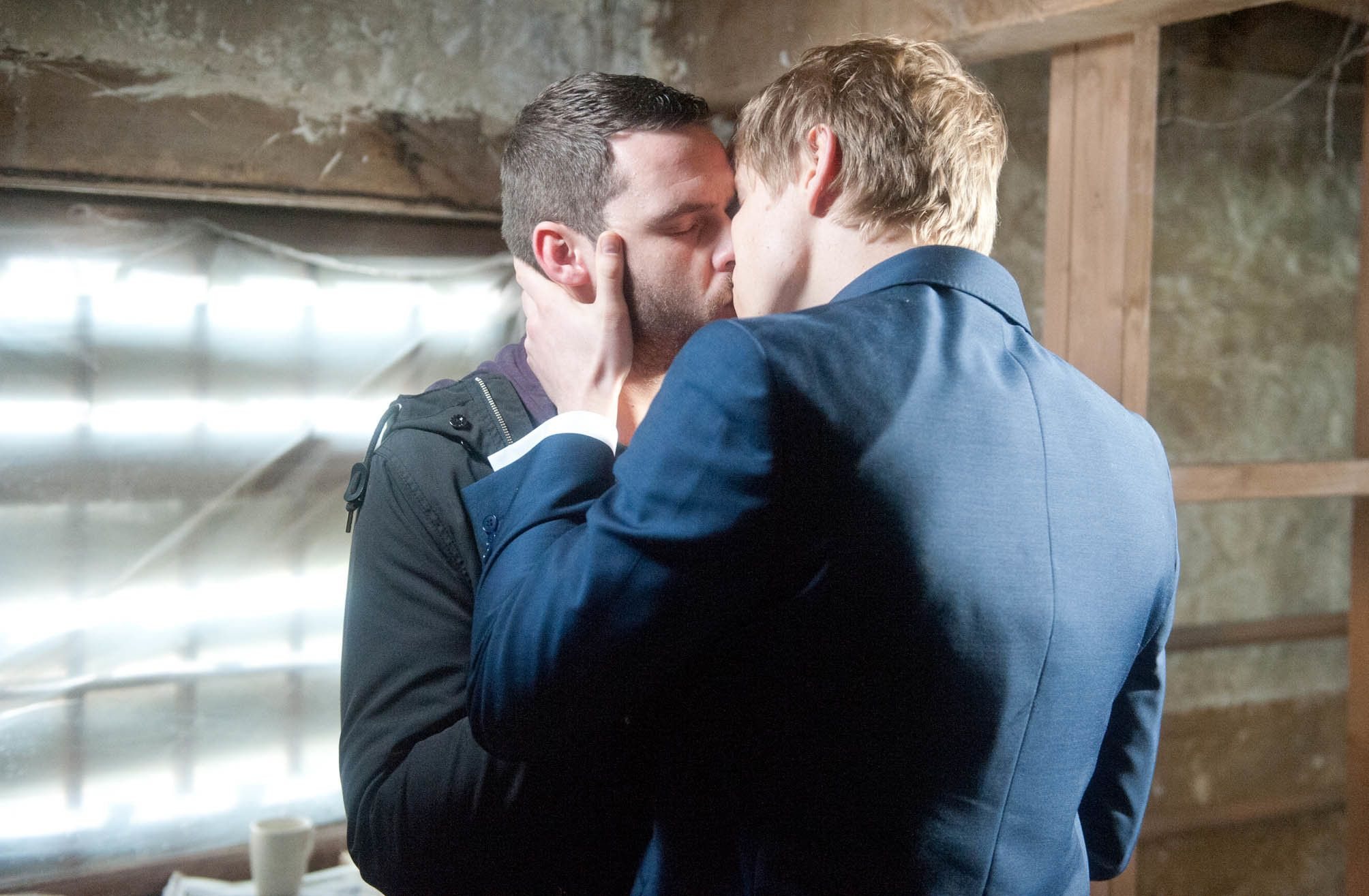 Spoilers! 'Emmerdale' Boss Reveals Robron Wedding