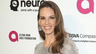 WEST HOLLYWOOD, CA - FEBRUARY 28:  Hilary Swank  arrives at the 24th Annual Elton John AIDS Foundation's Oscar viewing party held at West Hollywood Park on February 28, 2016 in West Hollywood, California.  (Photo by Michael Tran/FilmMagic)