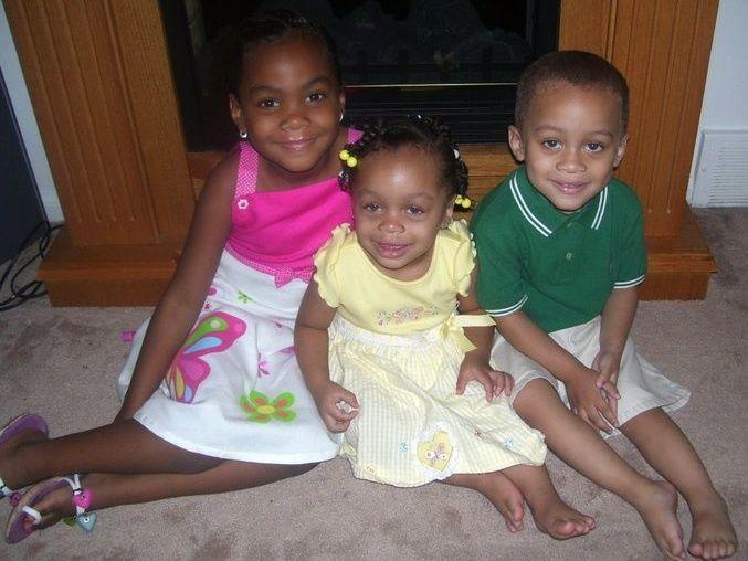 Lauren Jordan, her little sister, Katie, and late brother, Algernon III.