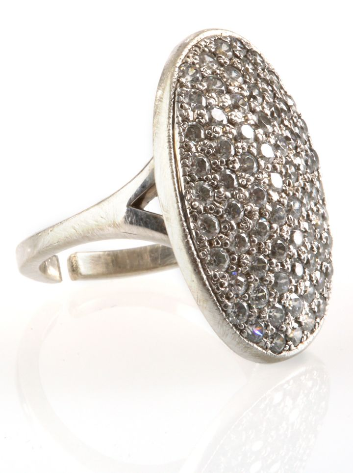 Bella's engagement ring. ($3,000 - $5,000)
