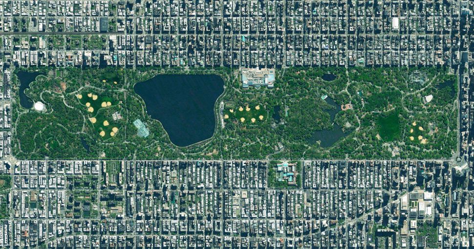 <strong>Central Park</strong><br><br> Central Park in New York City spans 843 acres, which is 6 percent of the island of Manh