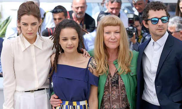 Andrea Arnold (2nd right) with her cast in Cannes: