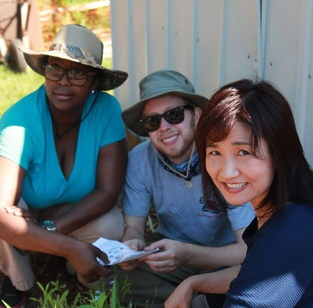 Students at Columbia Theological Seminary participate in service learning.
