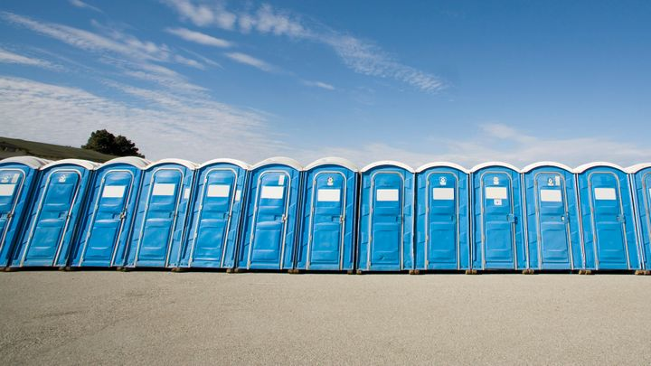How To Make Yourself Poop Before A Run | HuffPost Life