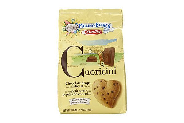 """Cuoricini are heart-shaped biscuits loaded with chocolate chips.<strong><br><br>Get the <a href=""""https://www.amazon.com/Mulin"""