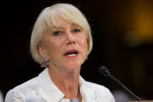Dame Helen Mirren has asked American votersnot to 'make the same mistake' as British people