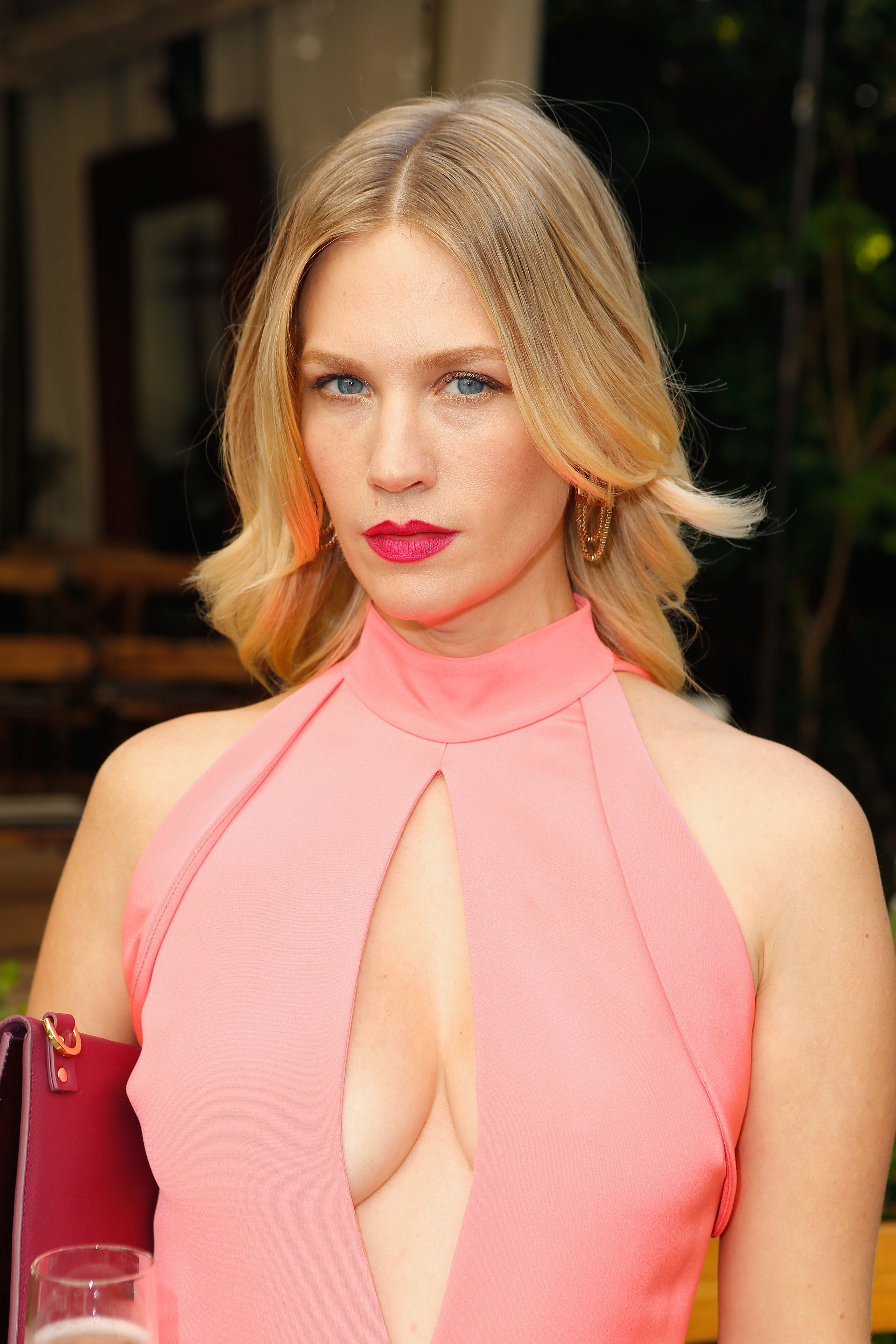LOS ANGELES, CA - OCTOBER 26:  Actress January Jones at the CFDA/Vogue Fashion Fund Show and Tea presented by kate spade new york at Chateau Marmont on October 26, 2016 in Los Angeles, California.  (Photo by Jeff Vespa/Getty Images for CFDA/Vogue )
