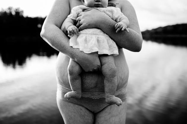 21 fotos para celebrar la belleza del cuerpo femenino después del